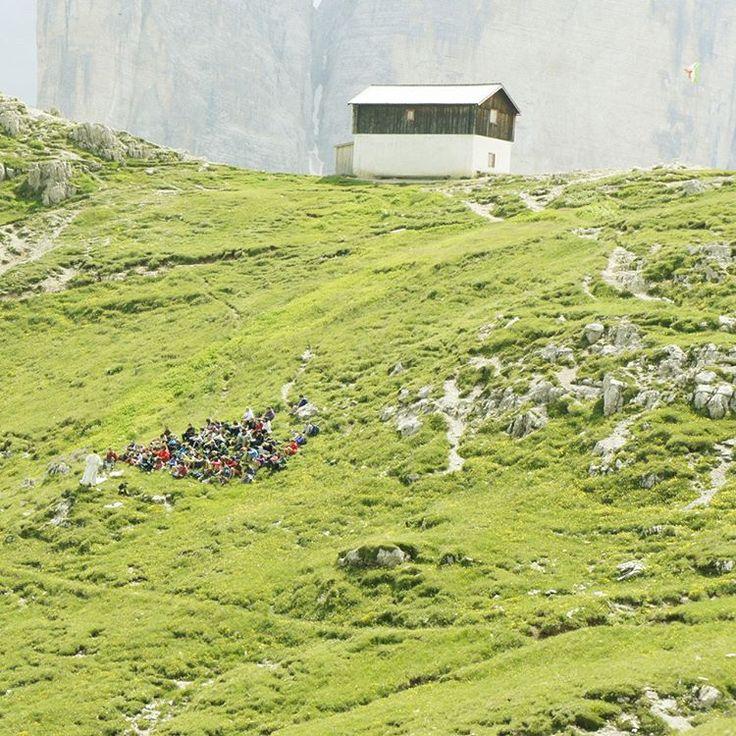 Small hut and Italian flag with the Dreizinnen in the background. #Dolomiti #Dolomites #Tirol #Italy #Fujifilm