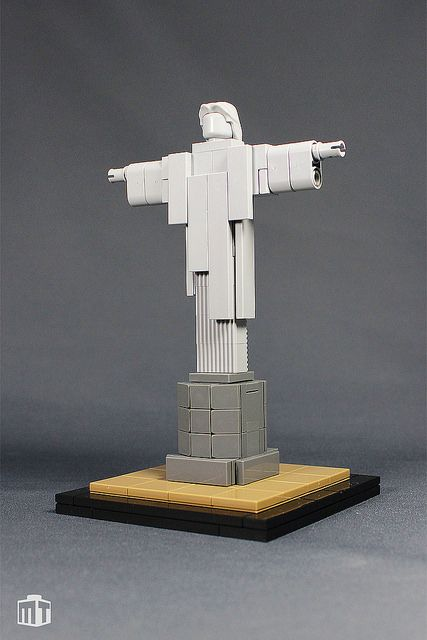 Cristo Redentor http://www.brothers-brick.com/2015/09/08/cristo-redentor-2/