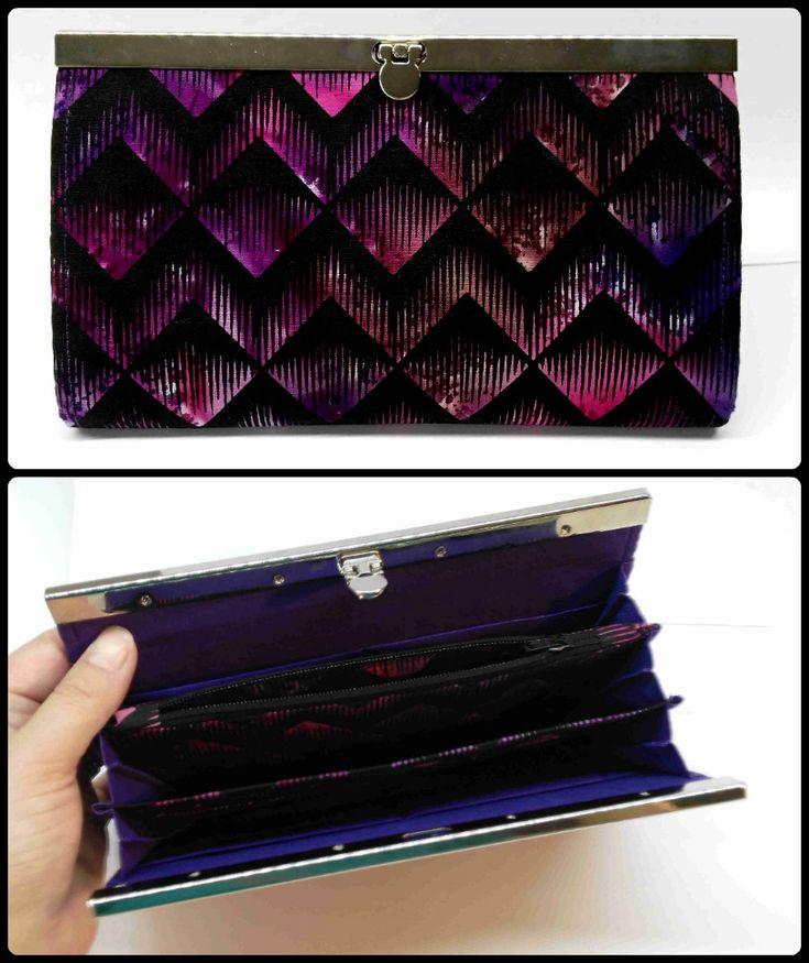 frame wallet fb: ka.bela boutique