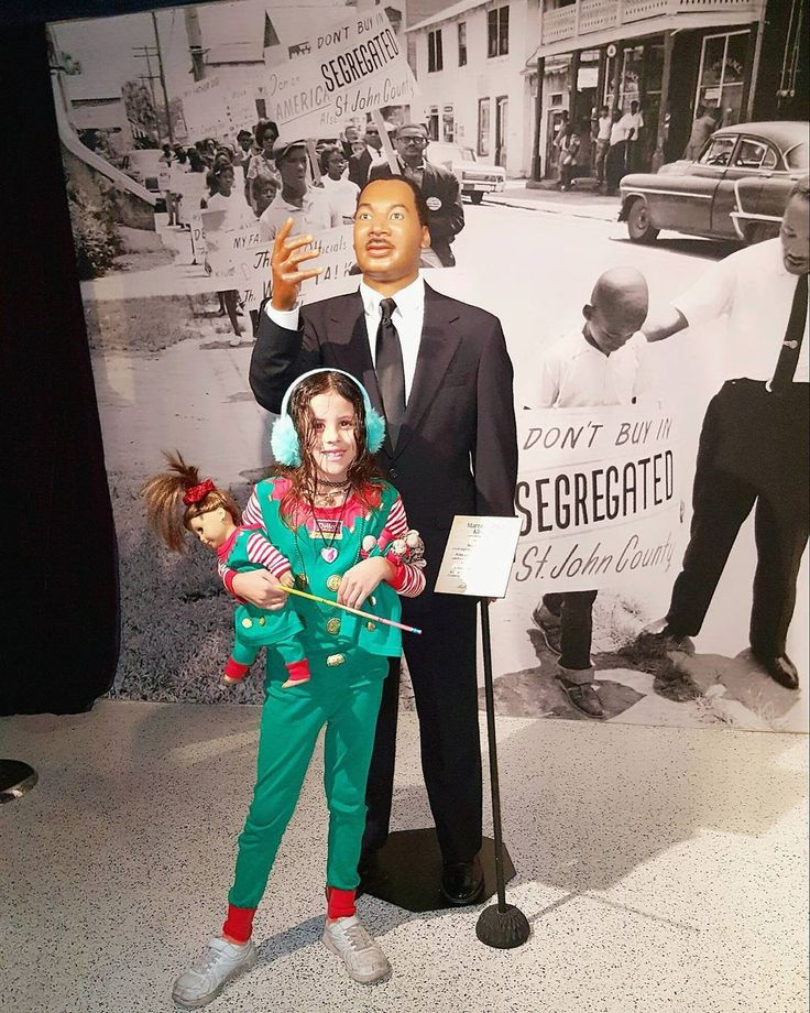 My favorite historical person #staugustine #potterswaxmuseum #waxmuseum #waxstatue #museum #wax #martinlutherkingjr #mlkjr #ihaveadream #stylishkids #jazzy #walmart #walmartstyle #walmartfashion #target #targetstyle #targetfashion #elf #elfoutfit #americangirl #americangirldoll #jem #babyleopard #leopard