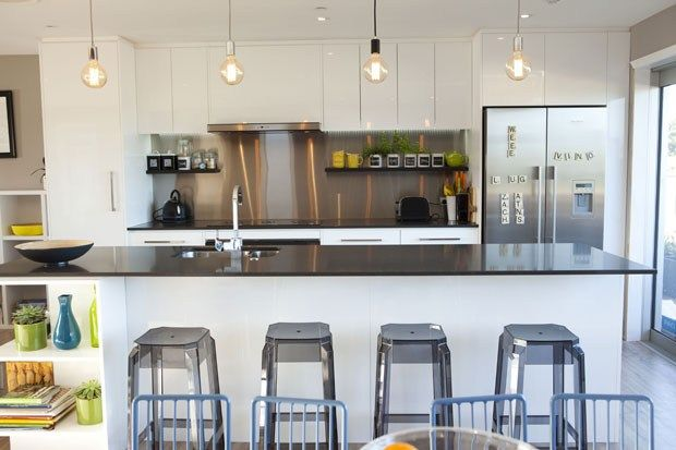 Loving Ben & Libby's kitchen from the block. Especially the light-bulb pendants..