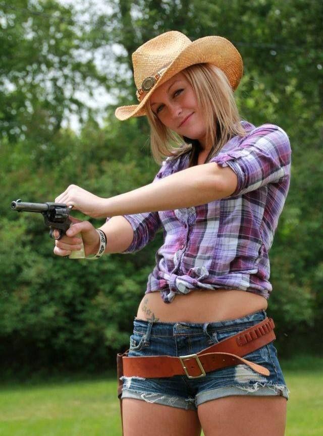 blonde-teens-funs-together-amateur-virgin-gets