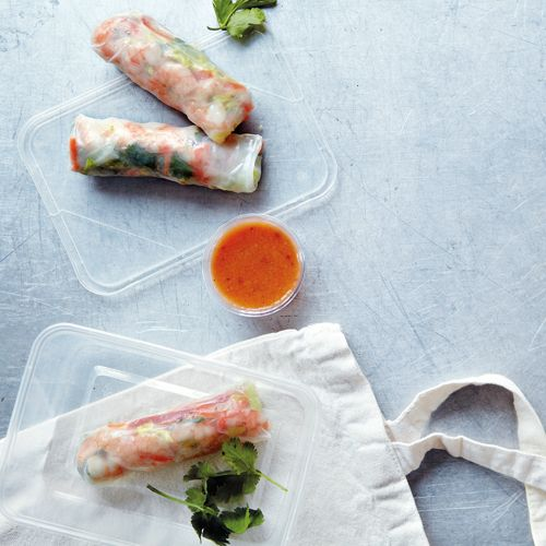 Vietnamese Paper Rolls With A Fragrant Sauce