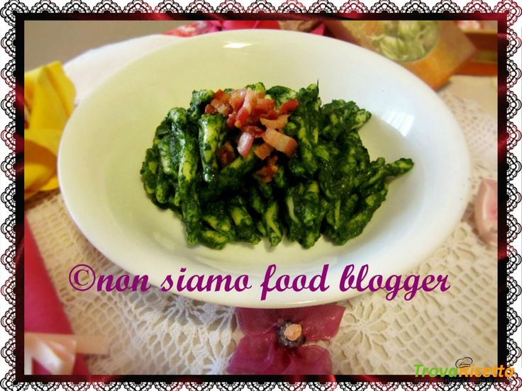 Strozzapreti con Crema di Spinaci e Pancetta  #ricette #food #recipes