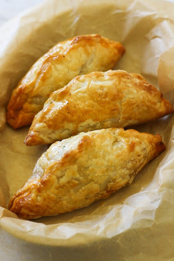 Delicious Beef Pasties Made With Savoury Mince And Light Golden Puff Pastry Are A Dinner The Whole Fa Puff Pastry Recipes Dinner Pasties Recipes Mince Recipes