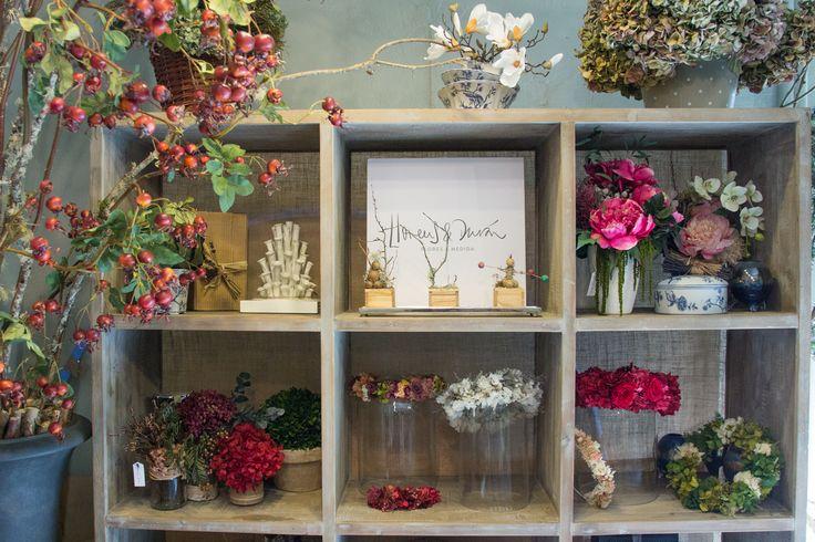Resultado de imagen de floristeria local pequeño
