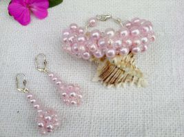handmade beaded jewelry by Mirtus63