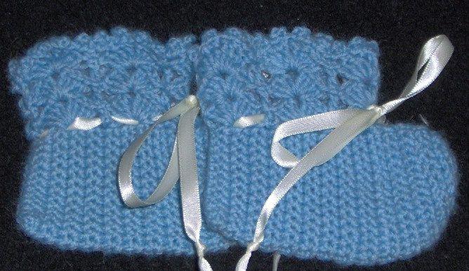 baby booties, crochet booties, baby socks, crochet socks, baby crochet by Hildescrochetshop on Etsy