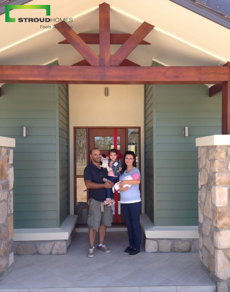 What a great day handing this Kentucky 260 Mountain Facade. Congratulations to the beautiful Ghodsi family and here's to many happy years in this fine home! Want to check out the Kentucky 260? See here: http://www.stroudhomes.com.au/kentucky-260/