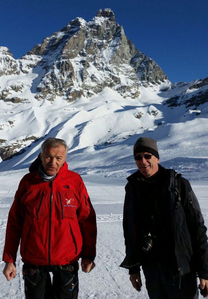 Attraversiamo le Alpi salendo ai 3883 metri del Kline Matterhorn (il Piccolo Cervino)  #experiaitalia #raiexpo #padiglioneitalia #politecnicodimilano #expo2015 #viaggio #italia
