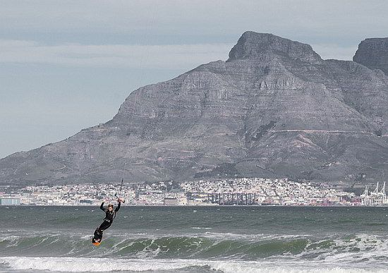 kitesurfers in Cape Town