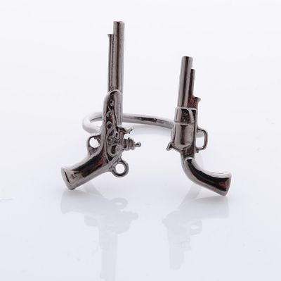 double guns ring ( from a Korean online store : http://10x10.co.kr/shopping/category_prd.asp?itemid=609279&cdl=070&cdm=070&cds=096  )