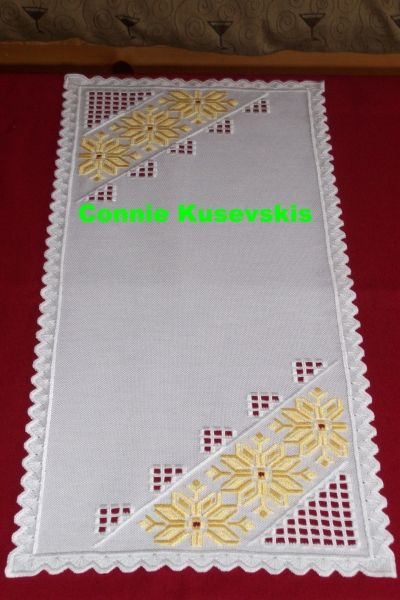 Hardanger Yellow Flower Runner