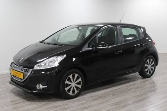 Peugeot 208 1.4 e-hdi active automaat airco / cruise financial lease vanaf € 114,- p/m
