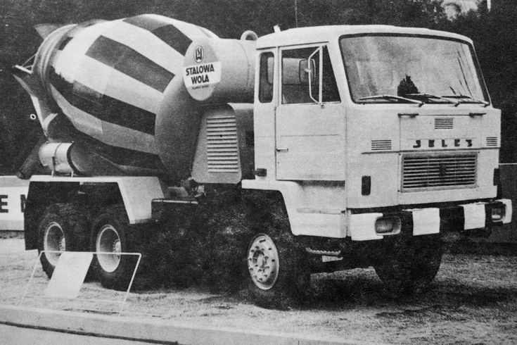 Jelcz 640 cement mixer