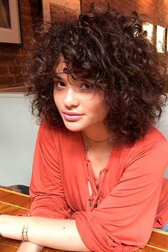 Des coiffures frisées et courtes à porter à tout âge! ★ Voir plus: lovehairstyles.co …   – Hair & Beauty that I love