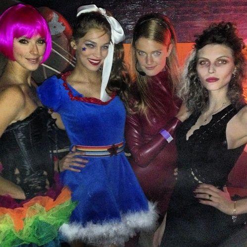 Les meilleurs d?guisements d'Halloween des tops Karlina Caune Constance Jablonski
