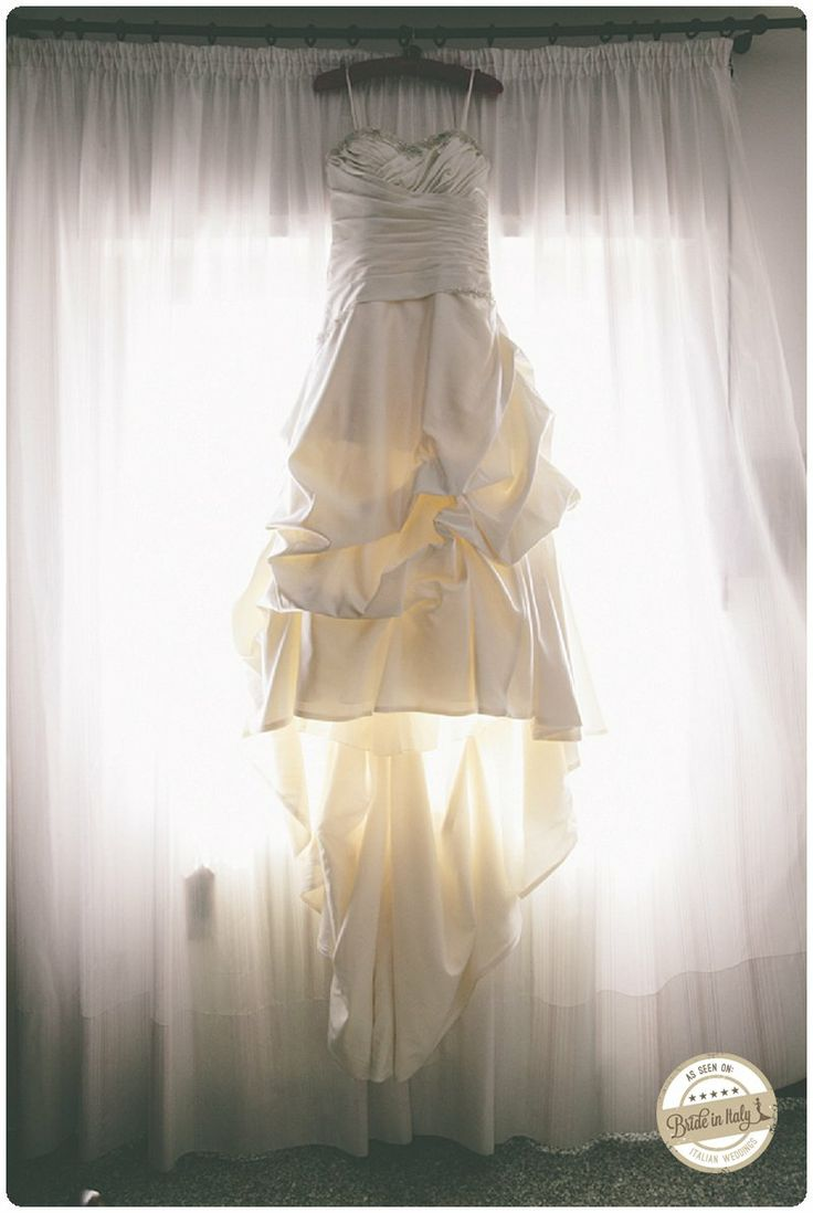 Ph Adriano Mazzocchetti - http://www.brideinitaly.com/2014/02/mazzocchetti-teramo.html #italianstyle #wedding