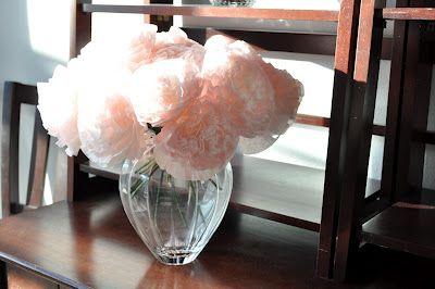 Make peonies from coffee filters: Coffee Filters Flowers, Filters Peonies, Crafts Ideas, Spring Coffee, Coff Filters Flowers, Coffee Filter Flowers, Flower Tutorial, Birdi Secret, Flowers Tutorials