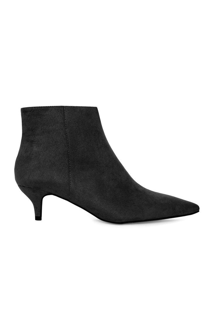 Primark - Black Kitten Heel Boot