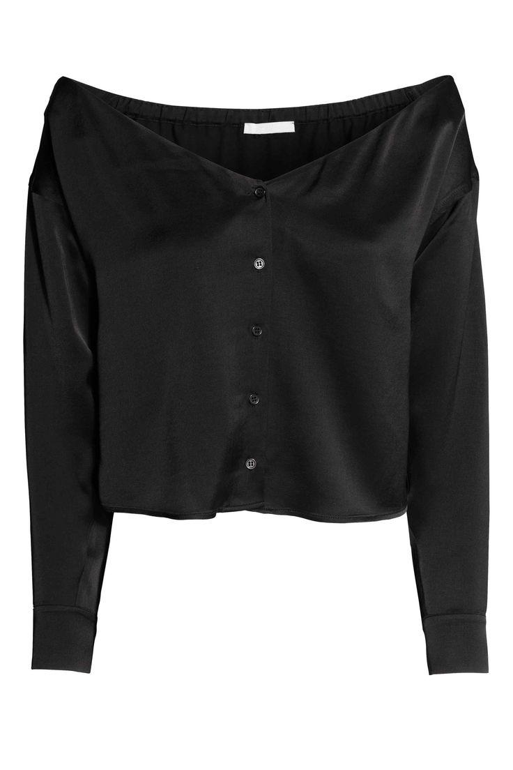 Blusa hombro descubierto: Blusa corta en tejido de satén con hombros al descubierto, escote de pico y botones delante, borde elástico en la espalda y mangas largas con botones en los puños.