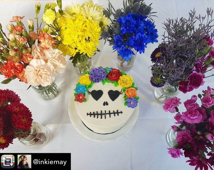 Flower crown cake for a flower crown party by @vanillarosecakery