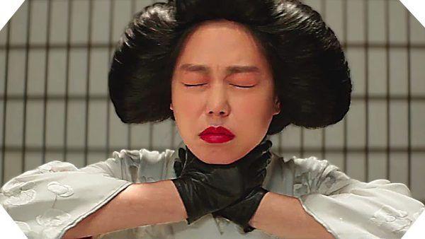 La doncella (The Handmaiden), Corea del Sur 2016 Vaya año llevan los coreanos, dándonos sorpresa tras sorpresa, y alineando las mejores producciones de 2016. En este ocasión es el mítico Park Chan-wook, que deja de lado la violencia de sus obras más conocidas de principios de los años 2000 (Sympathy for Mr. Vengeance, Old Boy o Sympathy for Lady Vengeance), se adentra en el lado más perverso y erótico del thriller psicológico actual
