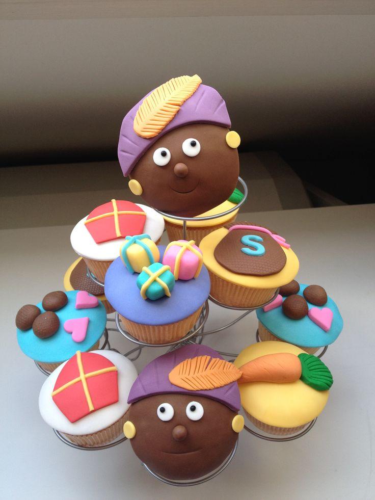 Cupcakes Sinterklaas Zwarte Piet door www.verleidelijketaarten.nl in Eindhoven