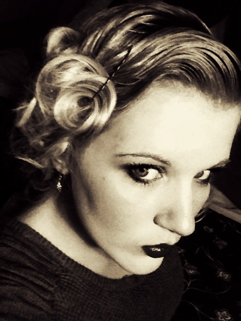 1920's hair and makeup!