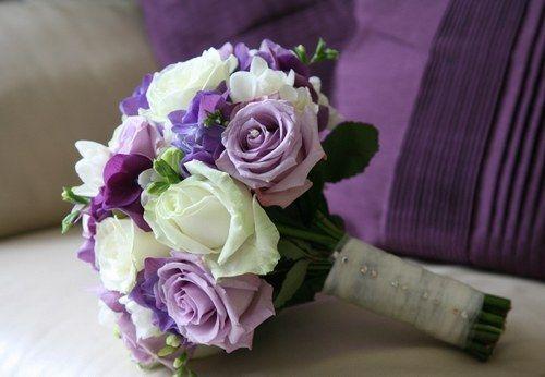 Bouquet de mariée parme - Bouquets de mariée : bouquet mariage - aufeminin.com