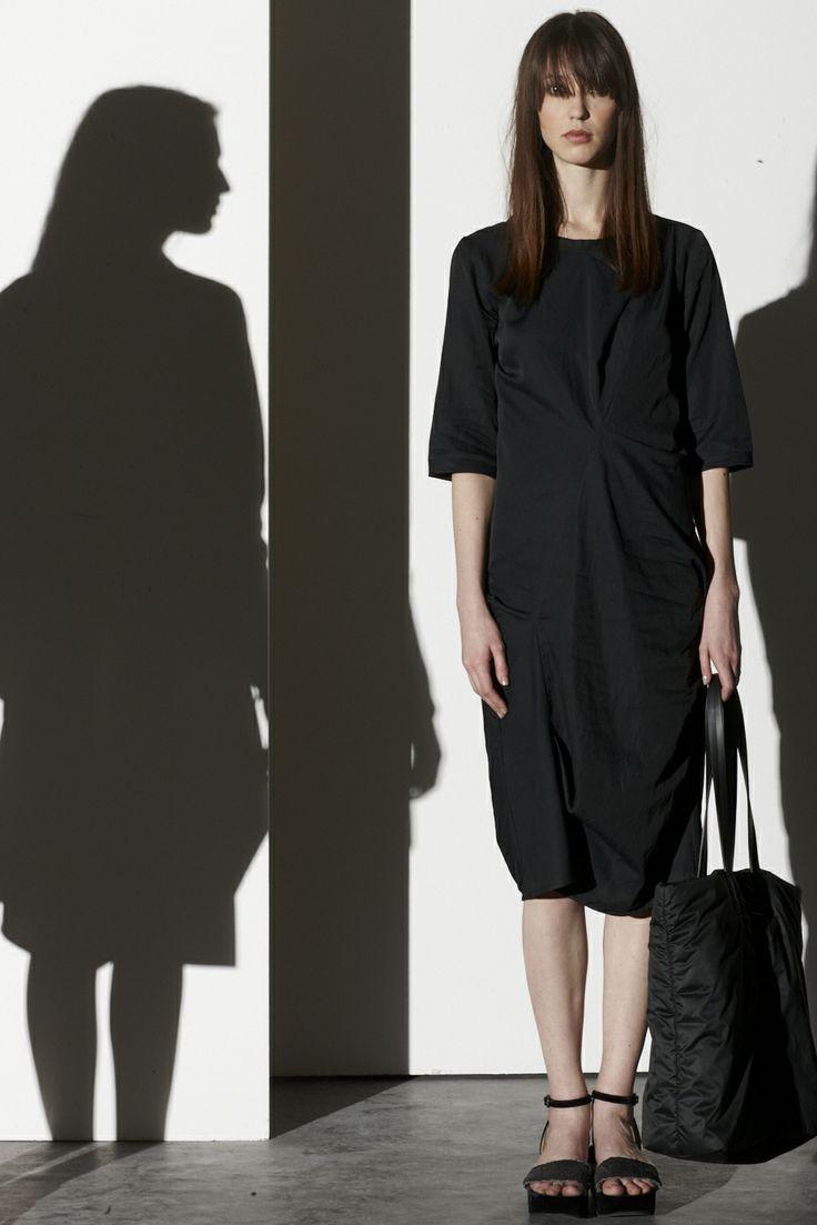 DRESS / GUARD // BAG / NALC
