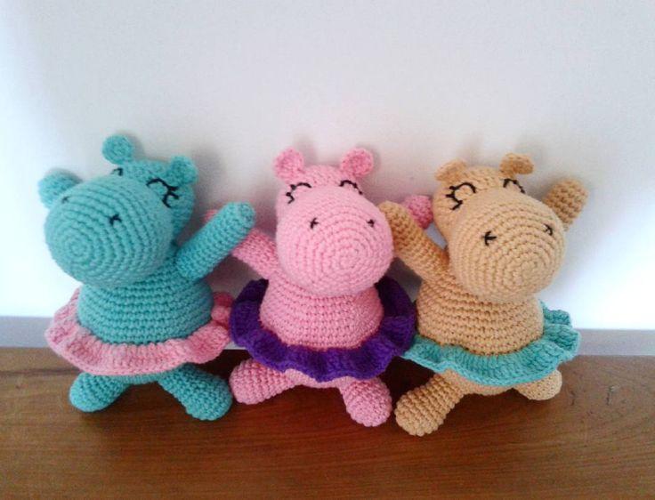 ¡Tres Hipos listas para irse! ♡  #amigurumi #amigurumiaddict #Rayuelatejidosydeco #hipopótamo #hechoconamor #handmade  #amigurumilove