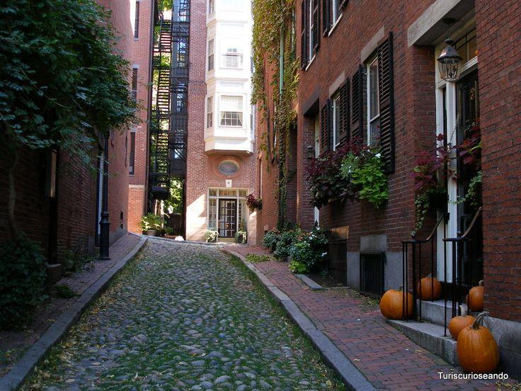 BOSTON: THE FREEDOM TRAIL O SENDERO DE LA LIBERTAD. BEACON HILL