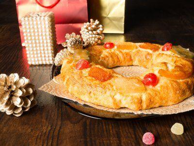 Receta de Típica Rosca de Reyes | Prueba esta típica rosca de reyes, es fácil de hacer y tiene un sabor que le encantará a todos. Esta receta queda realmente deliciosa.