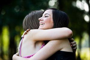 Le 21 janvier, c'est la Journée des câlins ! Appelée aussi Hug Day, cette journée vise à combattre le petit coup de blues de la fin janvier.... Lisez l'article sur la Journée des câlins pour connaître son origine et ses objectifs : http://www.lemagfemmes.com/Journees-internationales/Journee-des-calins.html