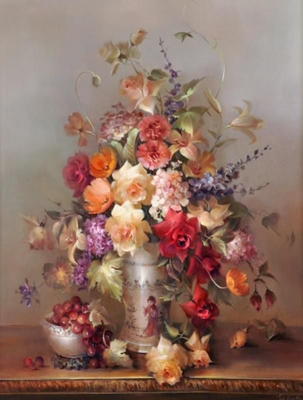 Roses in Chinoiserie Vase