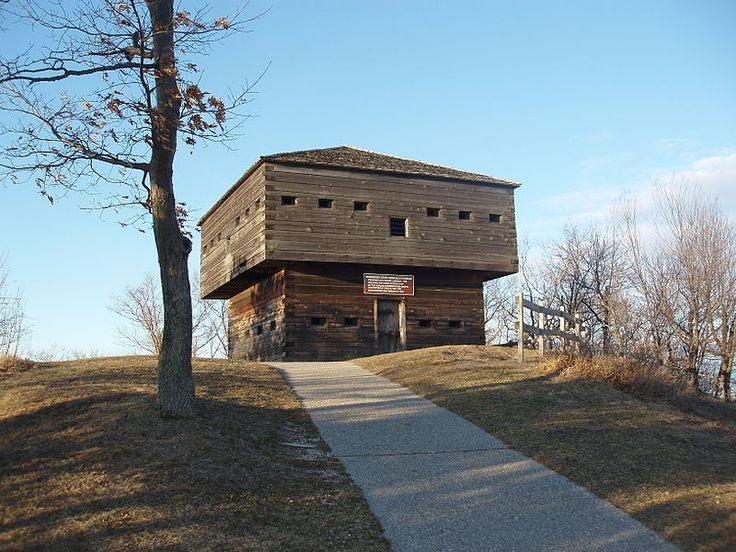 Muskegon Blockhouse where you can see Lake Michigan on one side and Muskegon Lake on the other.