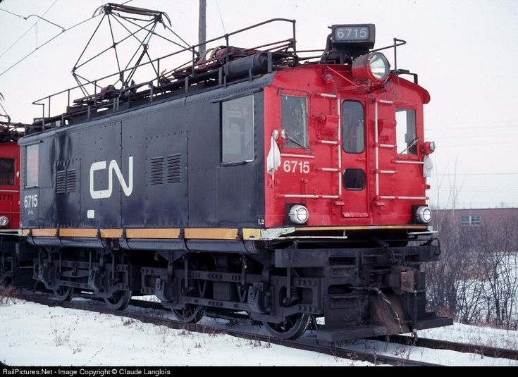 CN 6715 Canadian National Railway GE Box Cab Electric at Montreal-St-Laurent, Quebec, Canada by Claude Langlois