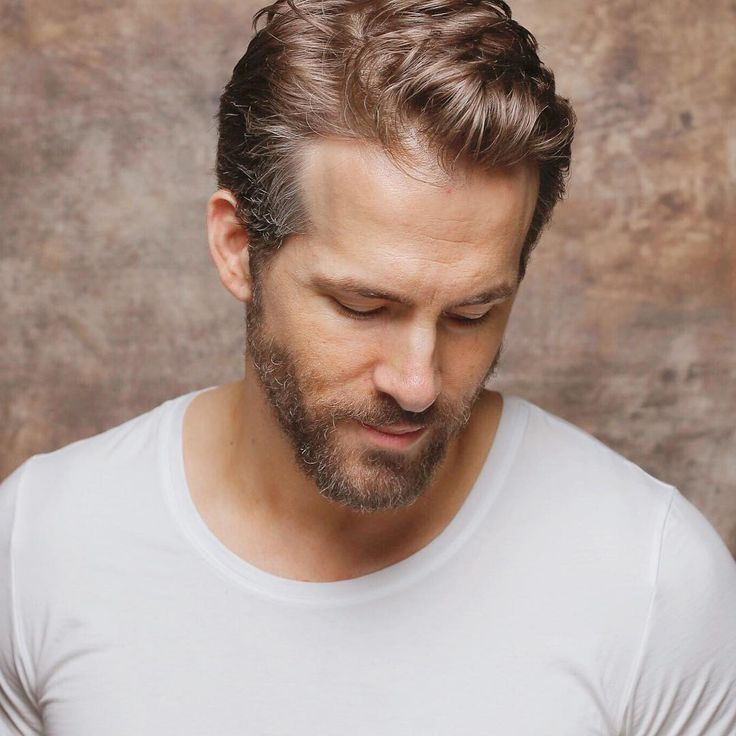 awesome 45 Stunning Ryan Reynolds Haircuts - Trendy Superhero Check more at http://machohairstyles.com/best-ryan-reynolds-haircuts/