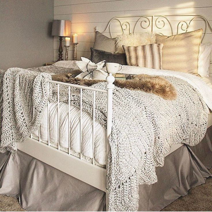 Shabby Chic Bedrooms Farmhouse Cozy Bedroom Upstairs Ideas Simple Guest