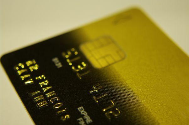 Złota czy srebra MasterCard? - http://allaboutmoney.pl/karty-kredytowe/zlota-czy-srebra-mastercard/