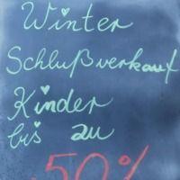 Kinder im Winterschlussverkauf