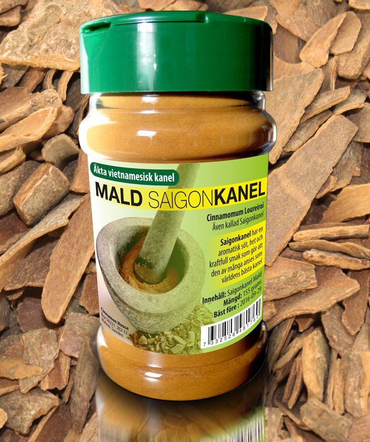 Äkta Vietnamesisk Saigon kanel (Cinnamomum loureiroi) från Quáng Ngai provinsen i Vietnam . Anses som världens bästa kanel. Saigon kanel innehåller 1-5% eteriska oljor och 25% kanelaldehyd som är det högsta innehållet av alla kanelkryddor. Det betyder at