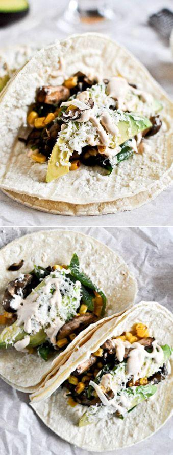 Grilled Corn, Mushroom + Roasted Poblano Tacos! Veggies Tacos! I howsweeteats.com