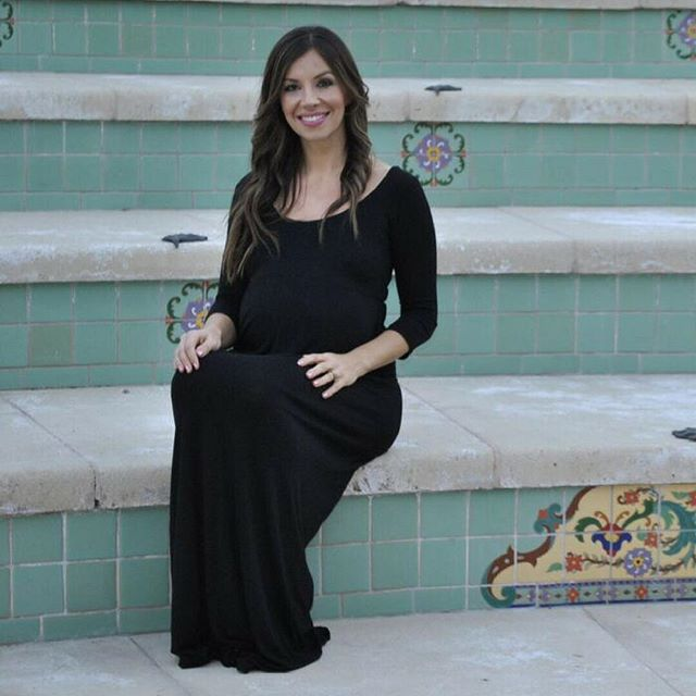This maxi dress will be an essential piece inyour maternity clothing wardrobe. Shop the best affordable maternity wear only on www.MommyliciousMaternity.com store! 15% off of the first order! #mommyliciousmaternity #maternityclothes #maternitystyle#maternitydress #maternityfashion #maternitytop #babyshowerstyle #babyshowerdress #babyshowerdresses #pregnancyfashion #pregnancy #pregnant #pregnancystyle #bumpstyle  #Regram via @mommyliciousmaternity