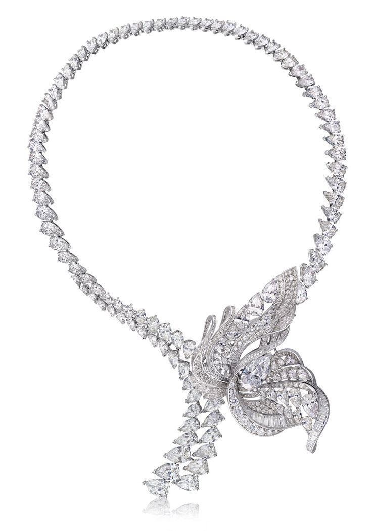 Diamond Necklaces : De Beers The Imaginary Nature necklace with brooch