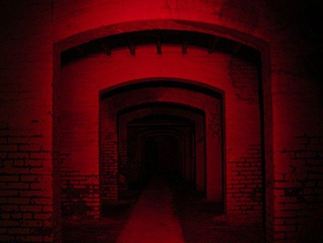 Creepy Insane Asylum by Bjørk — a My Opera Slideshow