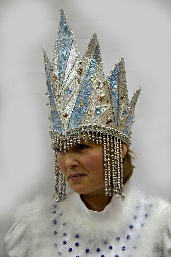 Corona para la reina de nieve invierno tormentas de nieve