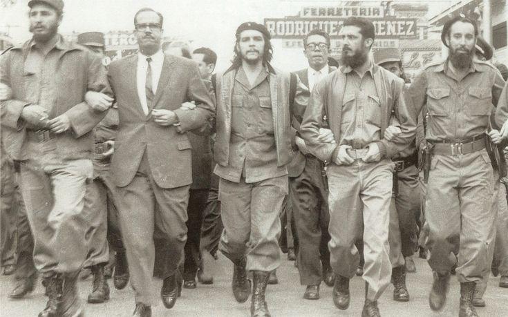 Han var med på å frigjøre landet fra USA-imperialismen og ledet Cuba gjennom en prosess som ga utdanning, helsestell, mat og bolig til alle. Tross sine feil er det med god grunn frigjøringsbevegelser verden over sørger over hans bortgang. Lørdag morgen den 26. november 2016 våknet jeg til den triste nyheten om Fidel Castros død [...]