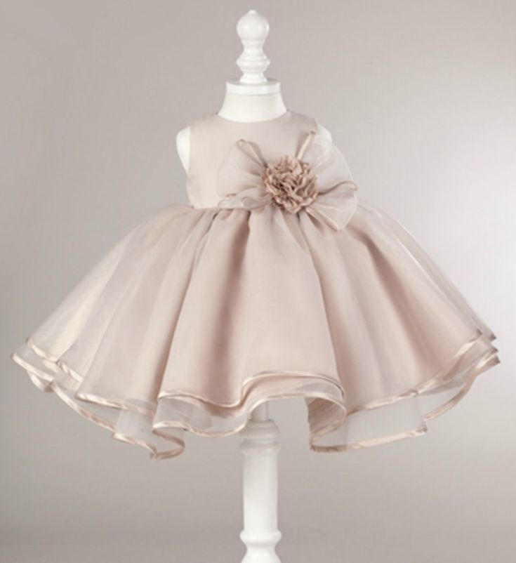 Light Brown Girl Dress-Light Brown Big Flower Bows Little Girl Party Dress - Material: Cotton, soft polyester fabric, tulle mesh, satin - Available from 1 - 12 years. #brownflowerappliquedress #flowergirldress #browndress #lightbrownchildrendress #lightbrownflowerbowdress #babygirlbirthdayoutfit